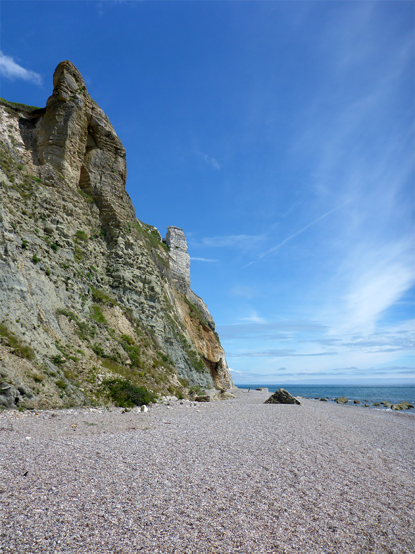 Cliffs beside Hooken Beach