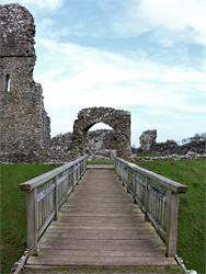 Bridge to the gatehouse