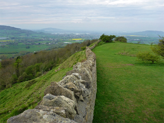 Wall to the south